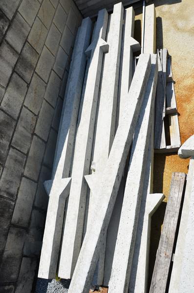 Mourão de concreto para alambrado